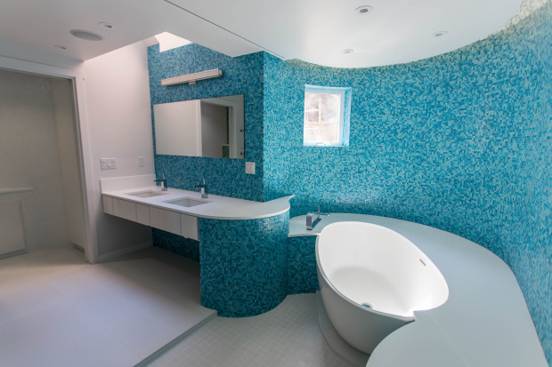 Blue tiled bathroom for children, Foxlin Architects