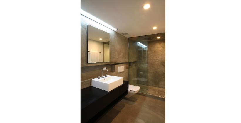 tribeca-loft_home-architect_interior-bathroom_01-820x420.jpg